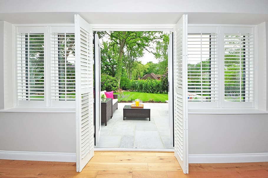 How Large Should the Louvers Be on Plantation Shutters in Nampa?