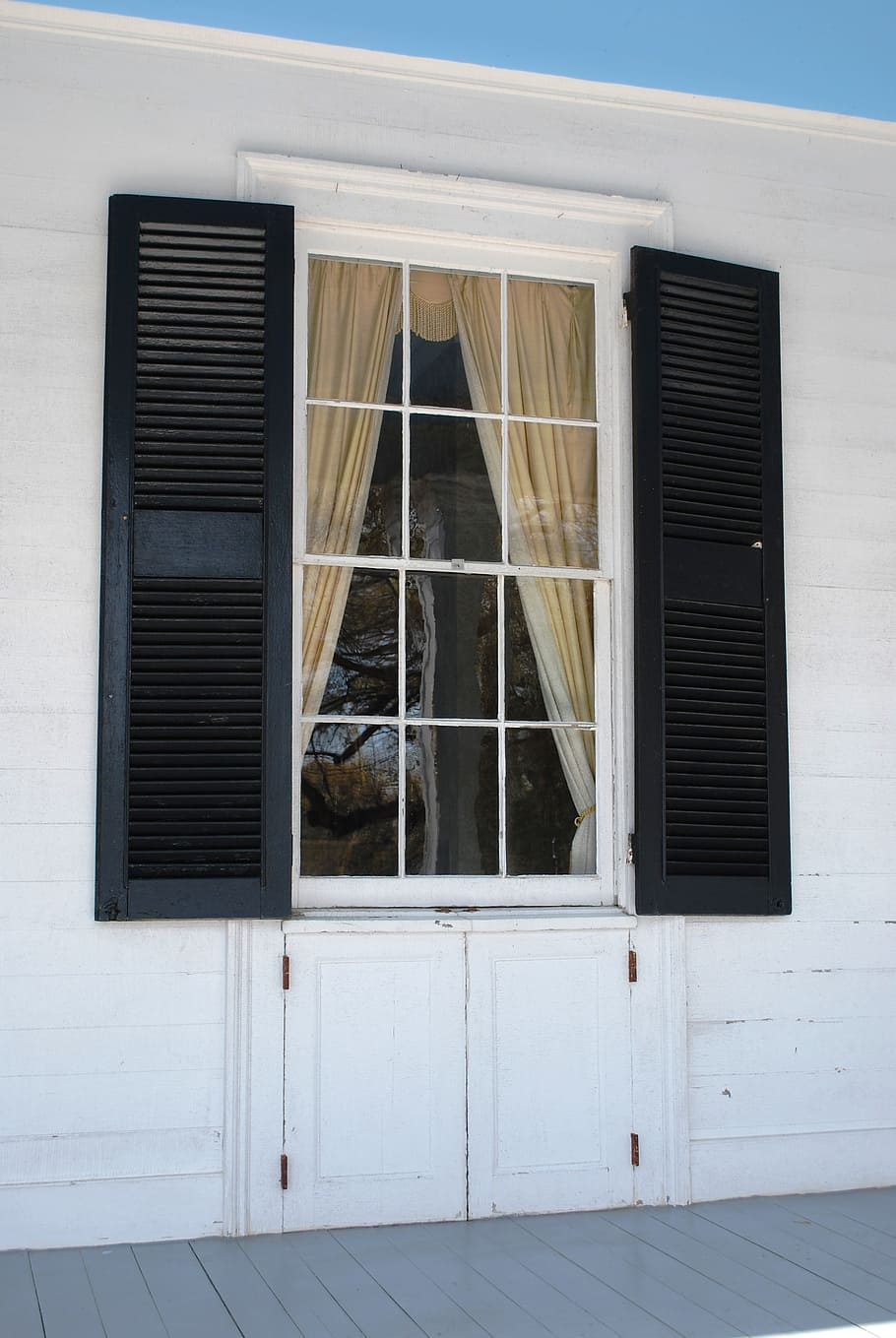 3 Types of Plantation Shutters in Georgetown You Need to Consider