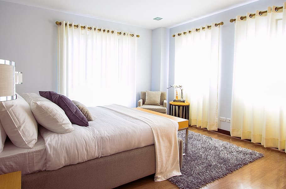 4 Benefits of Getting Curtain Panels in Caldwell for the Bedroom