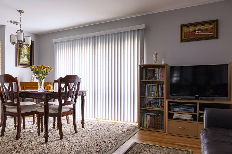 3 Types of Materials to Get Blackout Vertical Blinds in Orange