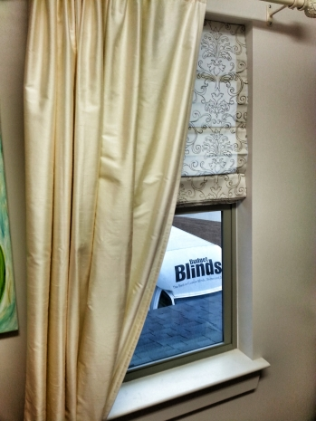 Roller Shades vs. Roman Shades in Lynbrook: Which Is Best for You?