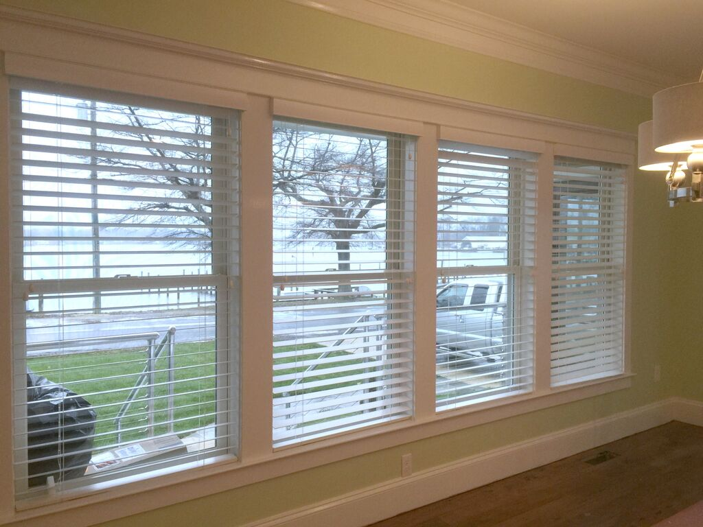 4 Reasons to Double Up Your Blinds in Syosset with Curtains