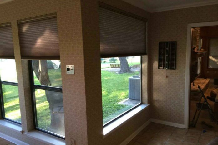 The Best Types of Window Coverings in Maple Valley for Your Basement Apartment