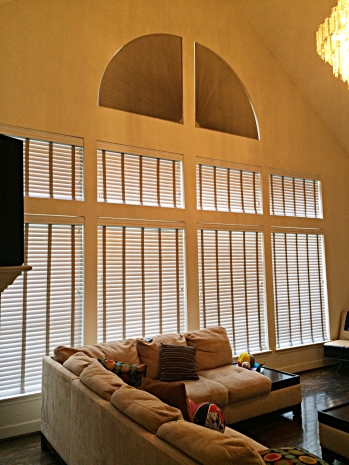 What Are the Best Types of Roman Blinds in Pittsburgh for Your Needs?
