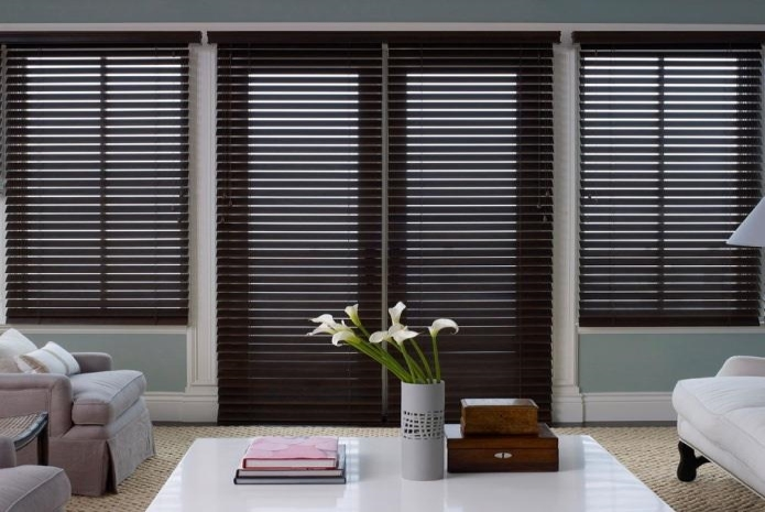 Why Real Wooden Blinds in Yorba Linda Are Better Than Faux Wood
