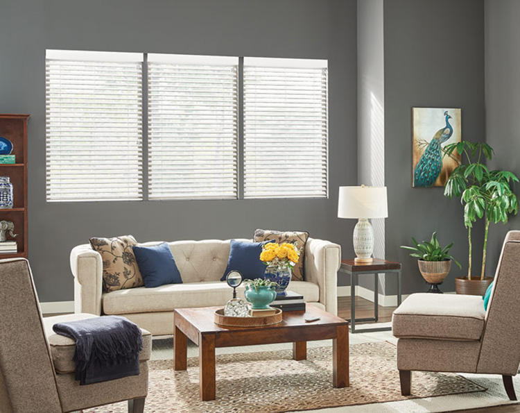 Will Faux Wood Blinds in Placentia Help Manage the Heat?