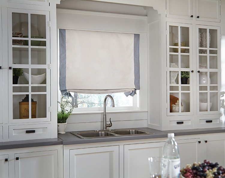 Why Floral Print Roman Shades in Stanwood Are Great for the Kitchen