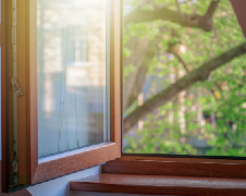 How to Remove Scratches from Wood Window Frames