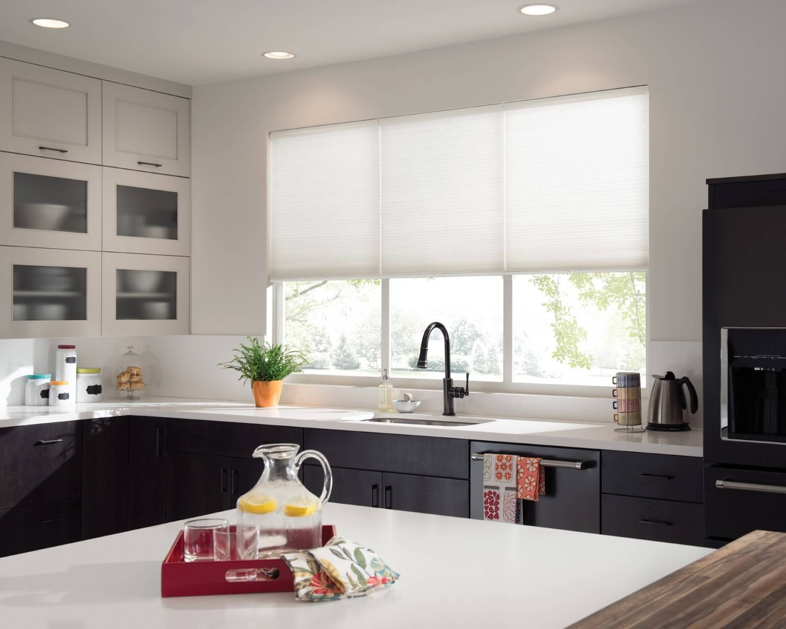Budget Blinds & Kitchen Window Treatments That Will Wow Your Guests This ...
