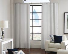 When to Use Vertical Blinds Instead of Horizontal Blinds