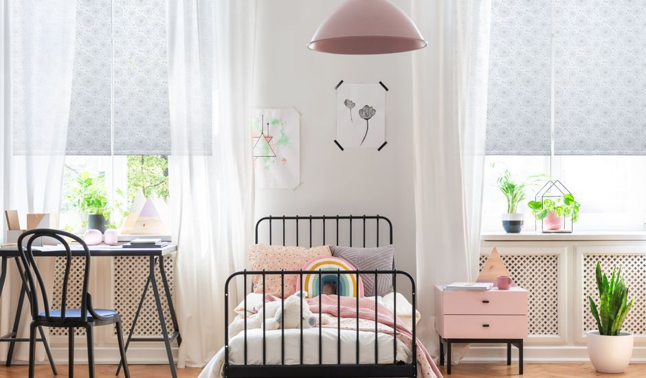 roller shades in kids bedroom
