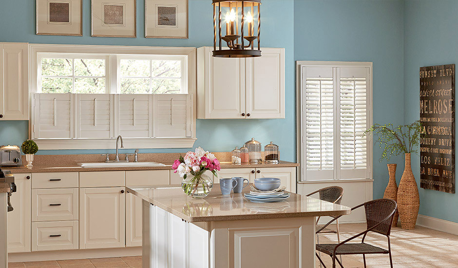 cafe-shutters-above-kitchen-sink