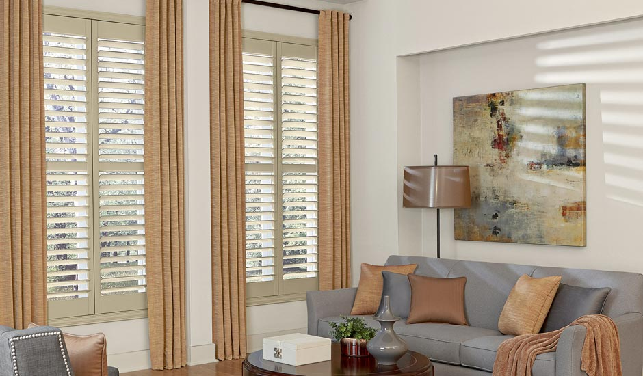 drapery-panels-shutters-family-room-gh