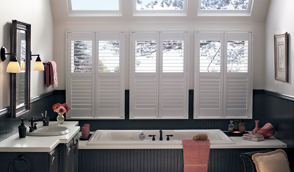 bathroom-white-shutters-over-bathtub