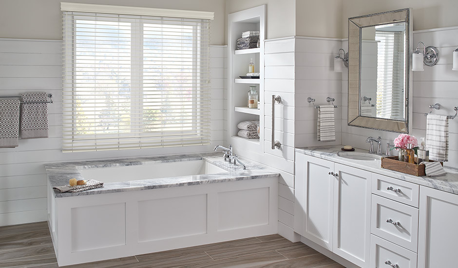 marble-bathroom-faux-wood-shades