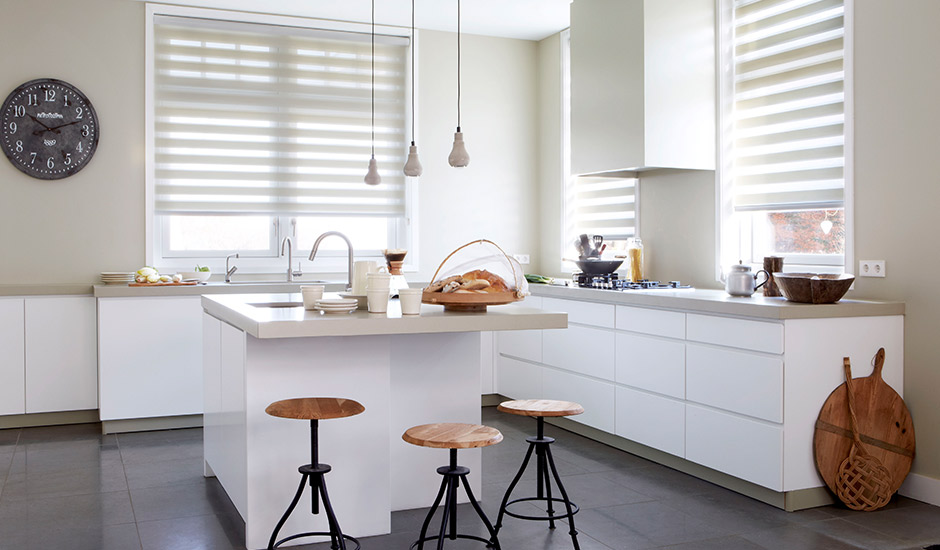 pleated-sheer-shades-kitchen